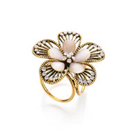 Gerçek Çekim Vintage Kristal Çiçek Broş Kadınlar Camellia boutonniere Opal Trisiklik Eşarp Toka b182 için