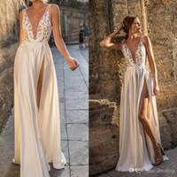 Berta Illusion Backless Vestidos de novia Front Split Escote pronunciado Apliques Vestido de novia Longitud del piso Una línea Vestido de novia 2018 Nuevo