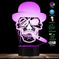 Crânio no chapéu com charuto e emblema Monocle 3D iluminado Sinal Charuto de fumo do crânio Lamp Halloween Skeleton fumaça LED Night Light