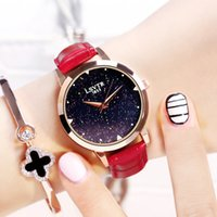 Ladies Starry Sky Orologio Luxury Crystal Women Bracciale Orologi Stile minimalista Casual Red Leather Orologio da polso da donna Montre Femme