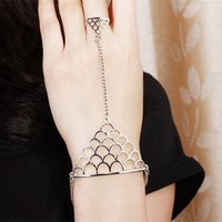 Fashion Hollow Fish Scale Triangle Bracelet For Women Person...