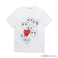 2018 neuestes COM bestes Qualitätsschwarzes CDG neue Mens Womens des GARCONS CDG rote Herzkurzhülse DES Garcons T-Shirt