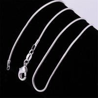 1mm 925 Ayar Gümüş Pürüzsüz Yılan Zincirleri Kadın Kolye Takı Zinciri 16 18 20 22 24 26 28 30 32 inç