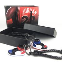 2019 Yüksek kaliteli basketbol ayakkabı yumuşak plastik DIY 3 d yaratıcı çiftler ayakkabı anahtarlık ayakkabı kalıp