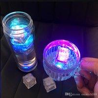 أضواء الحفلة ترمش مكعبات الثلج ضوء ضوء مائي مضاء يضعه في ماء ومضة شراب أوتوماتيكيا لحانات زفاف الحفلة عيد الميلاد