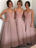 2020 Erröten rosa Brautjungfernkleider mit V-Ausschnitt ärmel High-Low schweres wulstiges Junior Land Brautjungfernkleider Lange Mädchen der Ehre Kleider