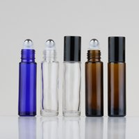 Huile essentielle Bouteilles Roller 10ml avec des boules à rouleaux en acier inoxydable couvercle noir pour les huiles essentielles Ambre / clair / bleu en verre rouleau sur les bouteilles
