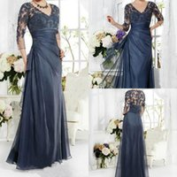 Vintage Navy Blue Mother Of The Bride Groom Dress 3/4 Maniche Appliques Pizzo Scollo AV Lungo Custom Made Evening Party Prom Gowns