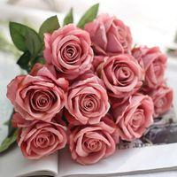 5 adet / grup Yapay Gül Çiçekler Düğün Gelin Gerçek Dokunmatik Sahte Gül Çiçek Buketi Ev Bahçe Dekorasyon için Florals XD22913