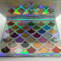 En kaliteli Cleof Kozmetik Palet 32 renk Moda Kadınlar Güzellik makyaj The Mermaid Glitter Prizma Palet 32 renk hızlı ücretsiz nakliye DHL