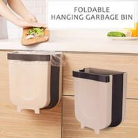 Montado Folding Waste Bin armário de cozinha a suspensão da porta Trash Bin Armazenamento Big Washroom lata de lixo Wall Mounted Trash Can dobrável