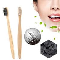 2pcs charbon de bambou brosse à dents protection de l'environnement naturel Oral Care dents blanchissant manche en bois de bambou brosse à dents douce C18112601