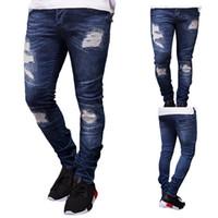 2019 Yeni Erkek Tasarımcı Biker Jean Yaz İlkbahar Nakış Denim Blue dökümlü Hiphop Sokak Ripped Jeans