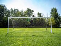 Terrain de football en plein air pendant la journée Vinyle Photographie Backdrops Herbe Vert Bleu ciel Photo Booth Fonds pour enfants Props studio