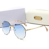 146 Kırmızı moda marka erkekler için güneş gözlüğü unisex buffalo boynuz gözlük erkek kadın çerçevesiz güneş gözlükleri gümüş altın metal çerçeve Gözlük lunettes