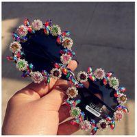 3a387b89a7 Lujo- Nueva moda Clásico Retro Rhinestone redondo Gafas de sol Flor  Diseñador de la marca Hecho a mano Verano Lujo Cristal Gafas de sol para  mujer
