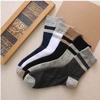 عشرة رجال جوارب جديدة للقطن العادي جوارب الرجال قابلة للتنفس اللون الكلاسيكي