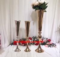 새로운 스타일 금속 꽃 골동품 꽃병과 금속 꽃 결혼식, 비 크리스탈 배경 및 결혼식 장식 decor175 결혼식을 위해 서 서