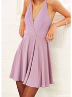 Halter Criss Cross Bretelles A-ligne Homecoming Dress Demure Sans manches Dos Nu Mini Robe De Bal Cocktail Graduation