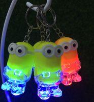 Varış Minion LED Gadget Anahtarlık Anahtarlık Yüzük Kevin Bob Fener Torch Ses Oyuncak Despicable Me Çocuklar Noel Promosyon Hediye
