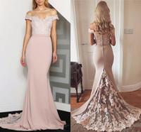 2020 Neue billige Pfirsich Meerjungfrau Brautjungfer Kleider für Hochzeiten vor Schulter Spitze Appliques Plus Size Formale Hauptzeigeläuschkleider unter 100
