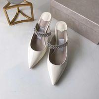 Сандалии высокого каблука женщин остроконечный хрустальный ремешок сандалии лакированная кожа мулы женщин плоские мулы дизайнер стилет каблук платье сандалия с коробкой