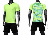 Şort Üniformalar kitleri Spor futbol takım kısa kollu yetişkin eğitimi Özelleştirilmiş giyim ile 2019 popüler Tasarım Özel Formalar Çevrimiçi Setleri
