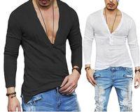 Los hombres de moda casual Slim Fit de manga larga con cuello en V profundo atractivo camisa camisetas Negro blanco de la camiseta Tops envío de la gota