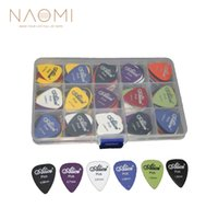 Chitarra NAOMI Picks 100pcs Chitarra elettrica acustica Picks Plectrum Various 6 thickness + Pick Box Guitar Parts Accessories Nuovo