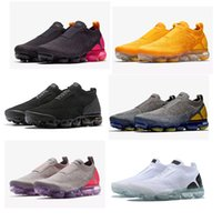 2018 Moc 2.0 Releasing Mens Laceless Multicolor Triple Running Shoes For Women Sports Trainers Sneakers