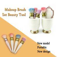 Venta directa del fabricante LES MERVEILLEUSES LADUREE 4pcs juego de cepillo + 1pc espejo + 1pc Brush Holder maquillaje Juego de cepillo de mejor calidad