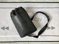 L LUXURYS Designer-Taschen Funktionelles Design einer Schultertasche Selbstklettern Seilabdichtung zum einfachen Zugang zu breiten Schultergurten
