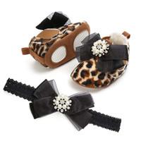 Leopard First Walkers Princess Newborn Baby Girl Boots Луки Алмазные повязки 2 шт. / Установите Детский Уокер Обувь A2389