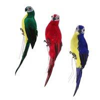 تماثيل 3X واقعية الببغاء الببغاء أخضر أحمر أزرق نابض بالحياة الطيور حلية الريش الاصطناعي الحيوان نموذج الحديقة النحت شجرة ديكور
