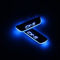 الانتقال LED ترحيب دواسة السيارة جرجر لوحة دواسة عتبة الباب المسار الخفيفة لمازدا CX5 CX5 2015-2020