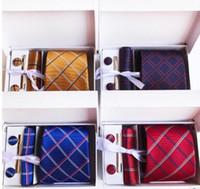 Moda Cravatta Plaid Design Uomo collo cravatta Clip Hanky Gemelli set formale 8 cm Cravatta da lavoro Business Silk cravatte di seta per uomo