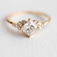 De moda de la casilla blanca circón anillos de dedo de oro minúsculo de color elegante geométricas anillos de las mujeres joyería simple diario Bijoux Femme Dropship