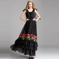 Женская взлетно-посадочная полоса дизайнер сексуальный V шеи без рукавов Embroiery партии выпускного вечера оборками моды длинные летние платья