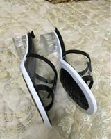 2020 Горячая продажа женской моды ПВХ короткие каблуки сандалии повелительницы офиса вскользь прохладное лето праздник пляж каблуки обуви леди черный большой размер 38 41