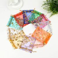 100 adet 9x12 cm Küçük Organze Çanta Parti Düğün Dekorasyon Şeker Takı Ambalaj Çanta Kalpler Tasarım Hediye çanta Torbalar 10 renkler