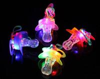 Light Up Chupete Pezón Silbato Collar Colorido Flash Led Silbato Ciervo Fiesta de Concierto Deportes Animando Resplandor Resplandor SN2330
