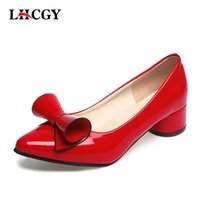 زائد الحجم 34-43 النساء أحذية الأحمر بووتي مضخات منخفضة الكعب أشار تو أحذية قارب امرأة جلد براءات أحذية الزفاف الأبيض