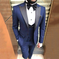 Homens Azul Fatos de casamento preto repicado lapela do noivo smoking Latest Designs Man Blazer 3piece Slim Fit masculinas Jacket Pants Vest Costume Homme