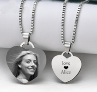 Kundengebundene Halsketten gravieren Foto-Namen-Halsketten-Edelstahl-Herz-hängende Kettenhalsketten-Schmucksachen für Frauen Identifikations-Umbau
