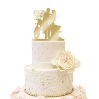 その他のお祝いパーティー用品モーターバイクウエディングケーキトッパー花嫁と新郎パーソナライズされた木製ゴールドシルバーミラーグリッター素朴なカップルバイク