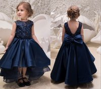 Lovely Hi Low Blue Navy 2019 Littler Girls Pageant Dresses Junior Toddler Abito da damigella d'onore per bambini Ragazze Lace Satin Ruched Hollow Back