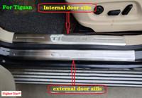 ステンレス鋼8ピース(4号体+ 4内部)ドアシルスイフード板板、ガードプレート、フォルクスワーゲントグアン2009-2015のためのロゴ付き保護バー