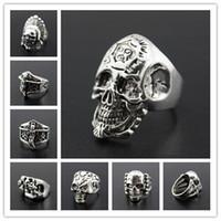 JRL nuovo cranio gotico intagliato Anti-Argento Retro anelli di punk del motociclista Anelli degli uomini per i gioielli moda maschile stili misti bulk sacco K3012