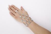 Bling Bling Bridal Crystal Pulseras Accesorios Joyas nupciales Conjuntos de joyas Rhinestone Formal Novias Accesorios Puños de cadena de mano