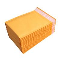 Novos 100 Pçs / Lotes Mailers Bubble Packded Envelopes Embalagens Embalagem Sacos de Envio Kraft Mailing Envelope Envelope 130 * 110mm Navio grátis